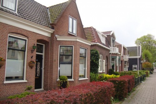 1.1272725097.cute-little-dutch-houses-in-castricum